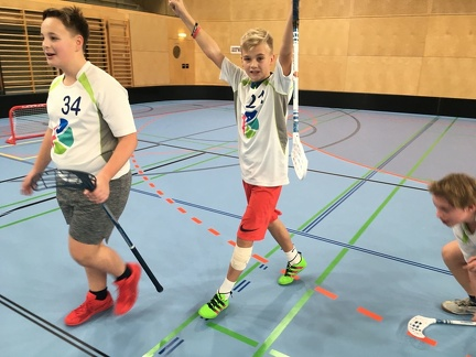 Floorball 18